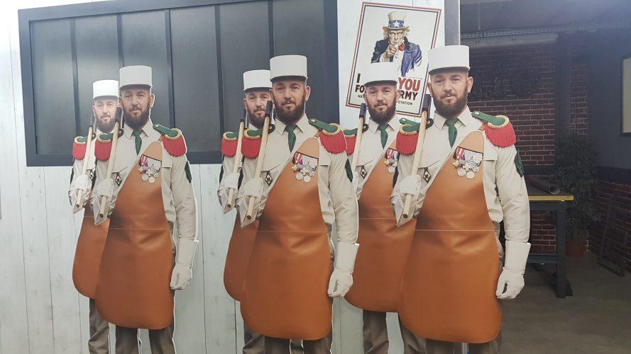 Camion de recrutement de la légion étrangère, stand-up